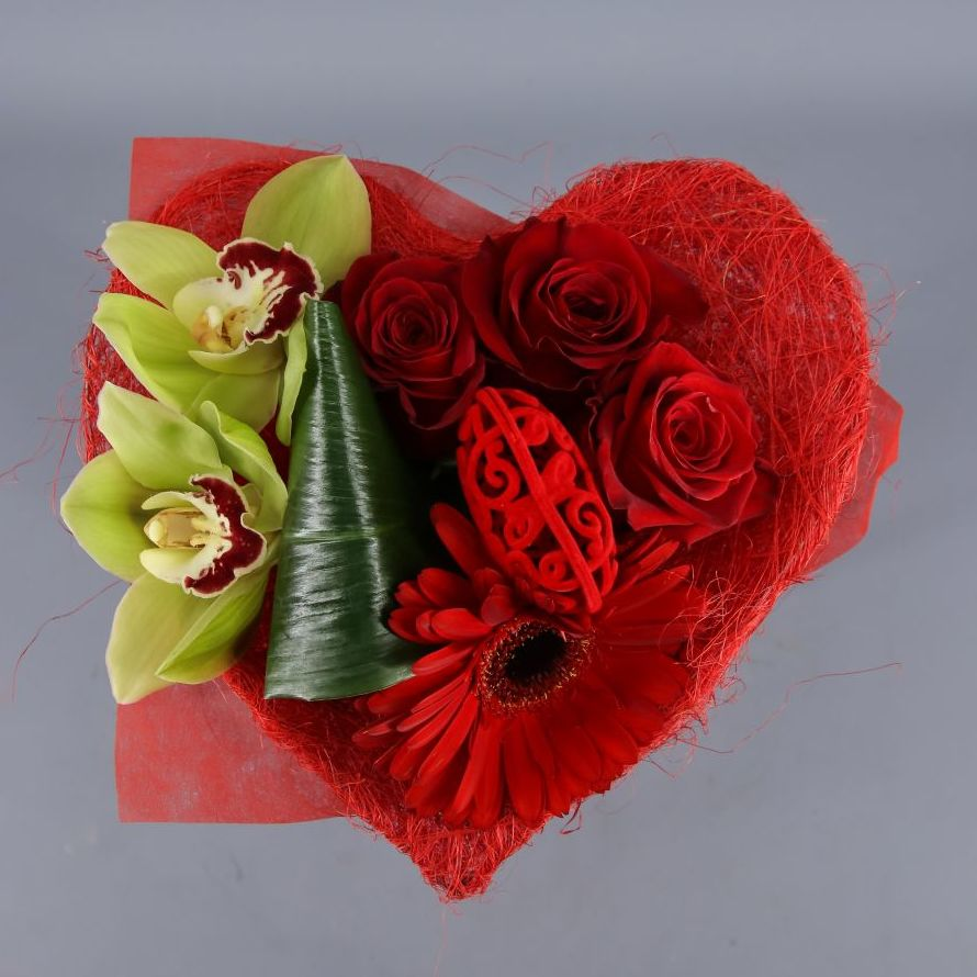 Buquet especial San Valentín:  de Floristería Contreras