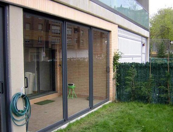 Foto 1 de Carpintería de aluminio, metálica y PVC en Vitoria-Gasteiz | Ventanas de Aluminio Miguel