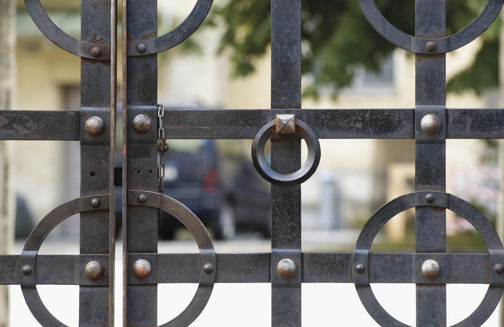 Trabajos de cerrajería para comunidades