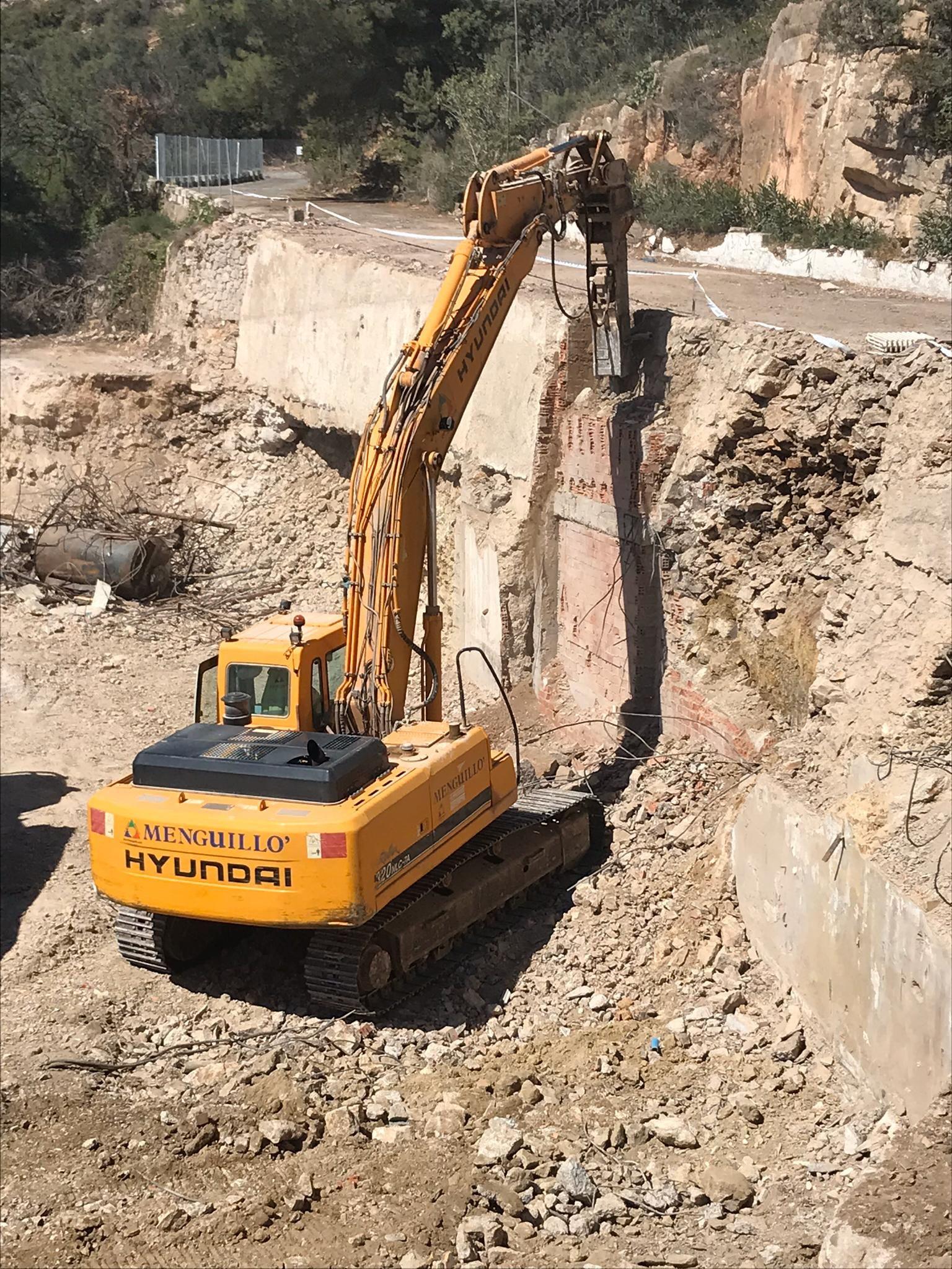 Foto 2 de Excavaciones en Castellón | Grupo Menguillo