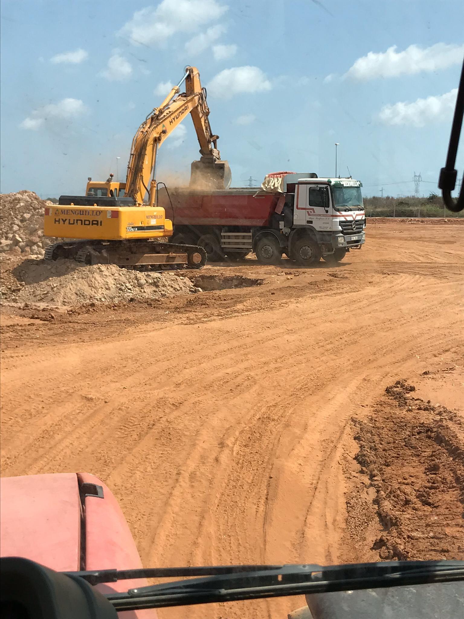 Foto 36 de Excavaciones en Castellón | Grupo Menguillo