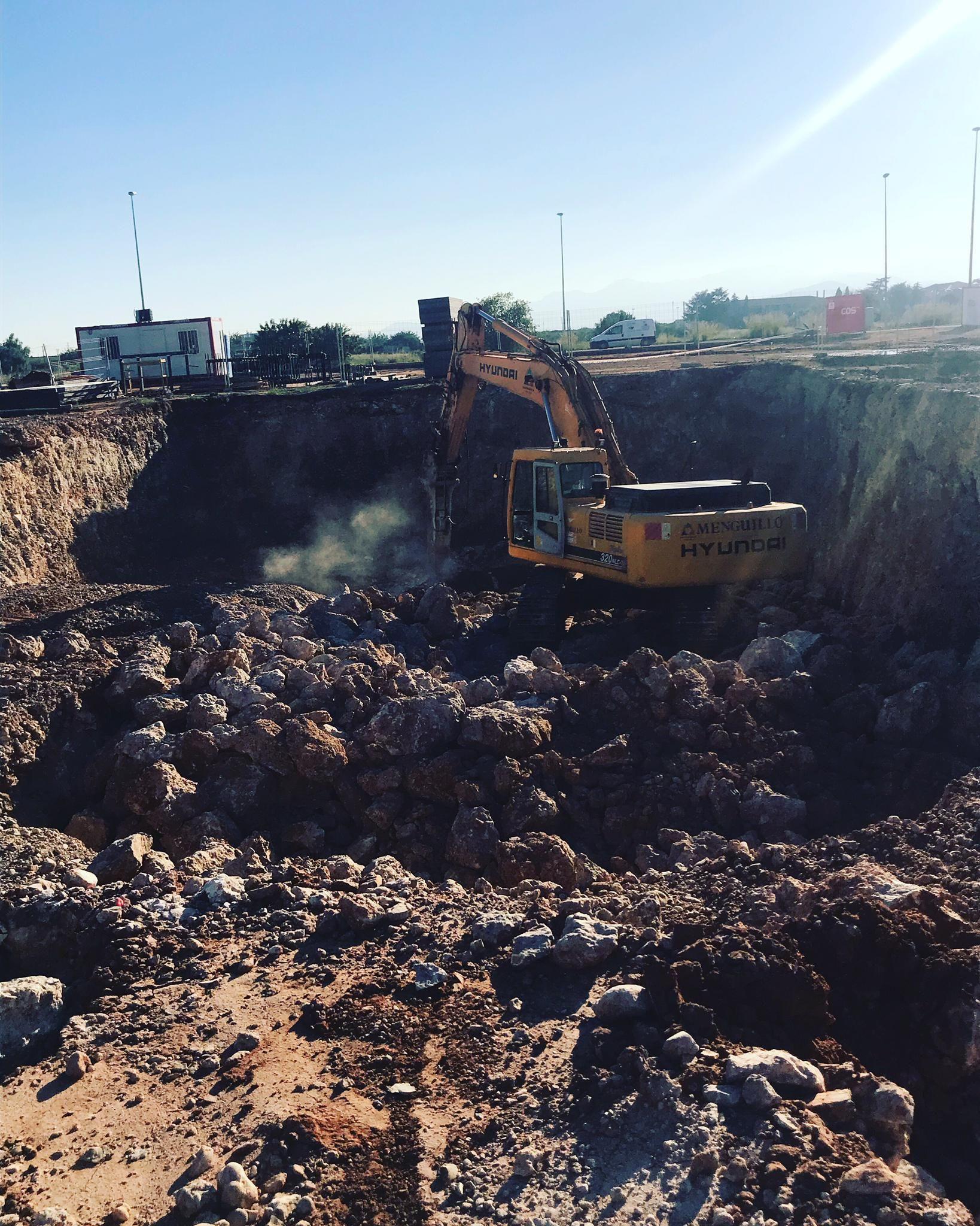 Foto 11 de Excavaciones en Castellón   Grupo Menguillo