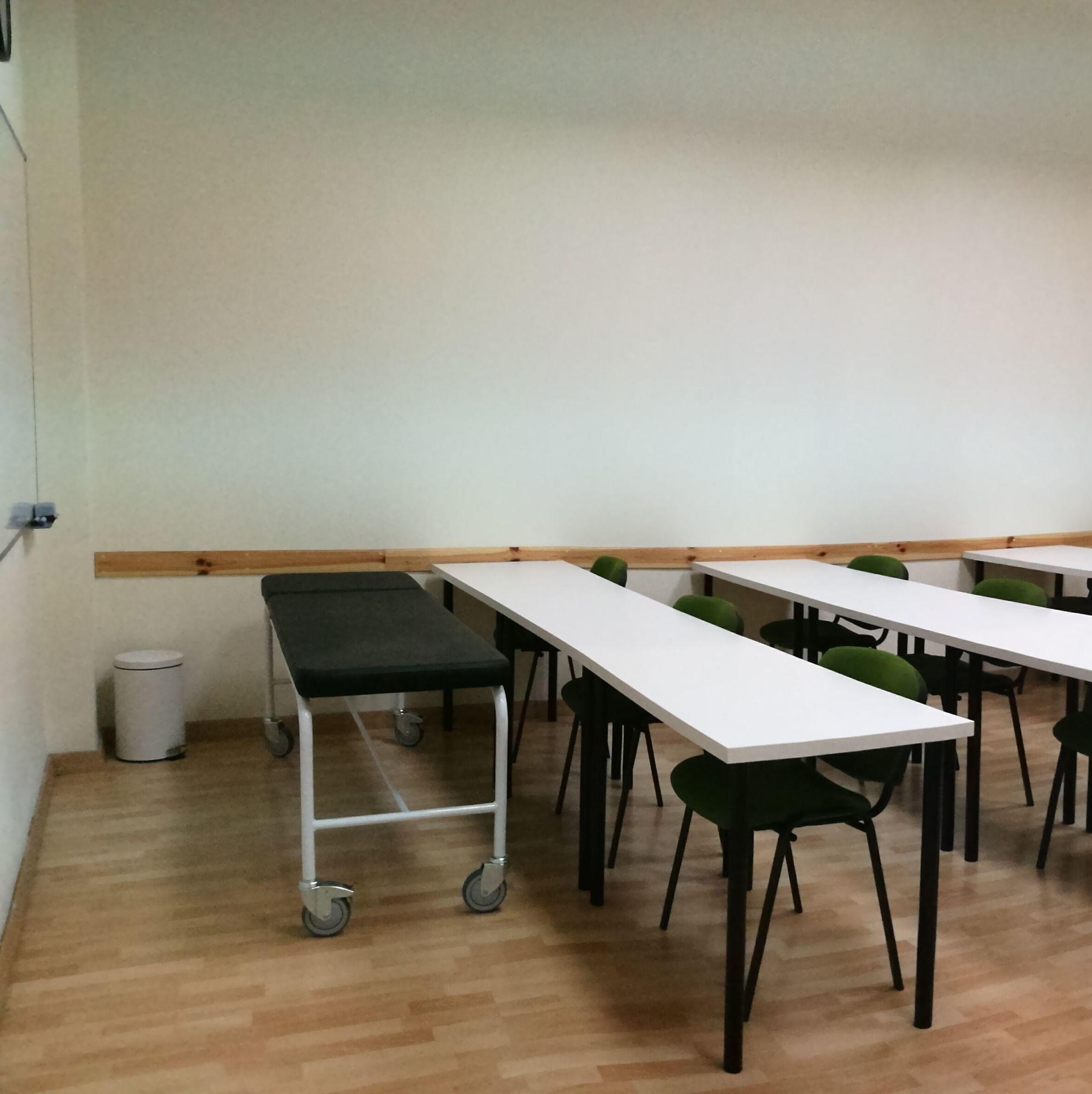 Foto 1 de Academias y centros de estudios diversos en San Cristóbal de La Laguna | CENTRO SUPERIOR DE ESTUDIOS ACUCANARIAS