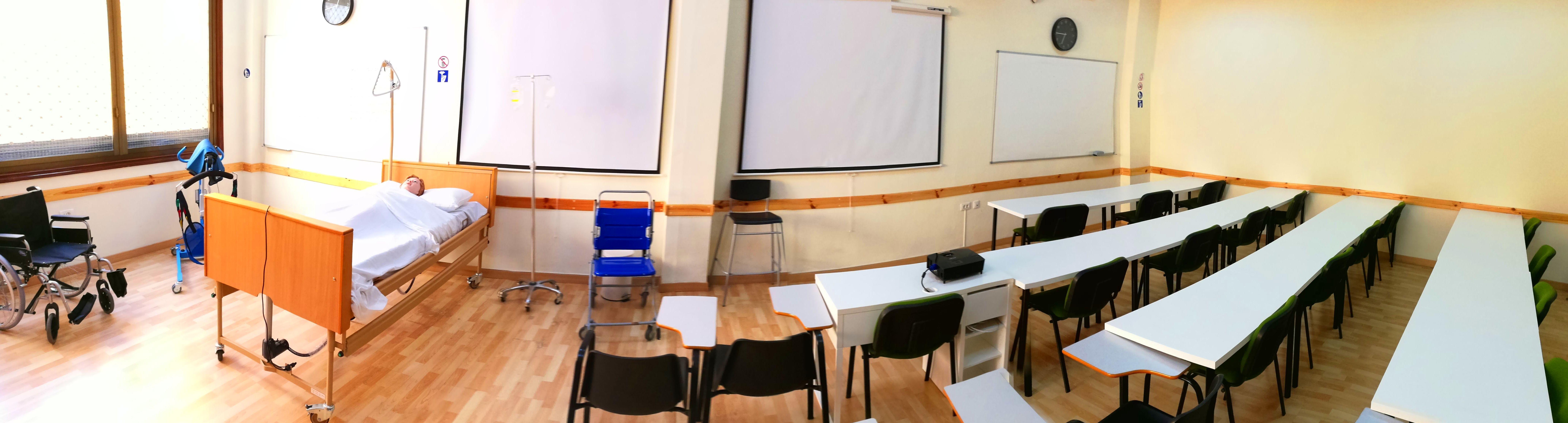 Foto 24 de Academias y centros de estudios diversos en San Cristóbal de La Laguna | CENTRO SUPERIOR DE ESTUDIOS ACUCANARIAS