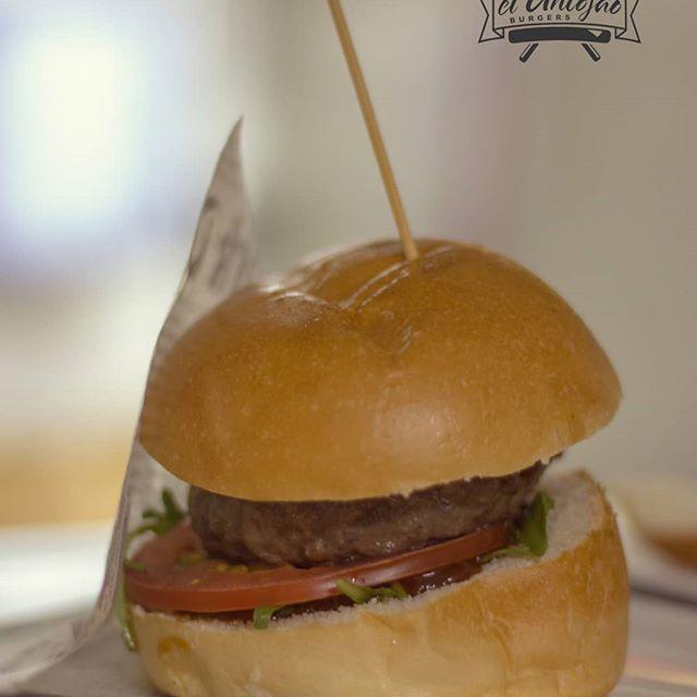Hamburguesas elaborada con ingredientes de calidad