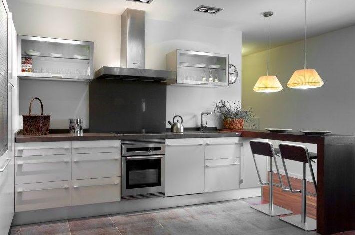 Venta de muebles de cocina en Muebles y Decoración Frontela