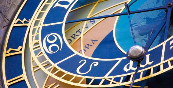 Lectura horóscopo mensual en Jaén