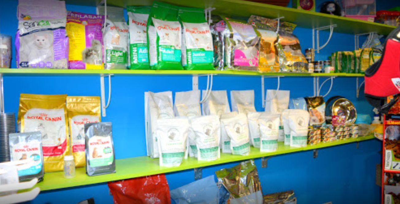 Tienda de accesorios y alimentación en Donostia