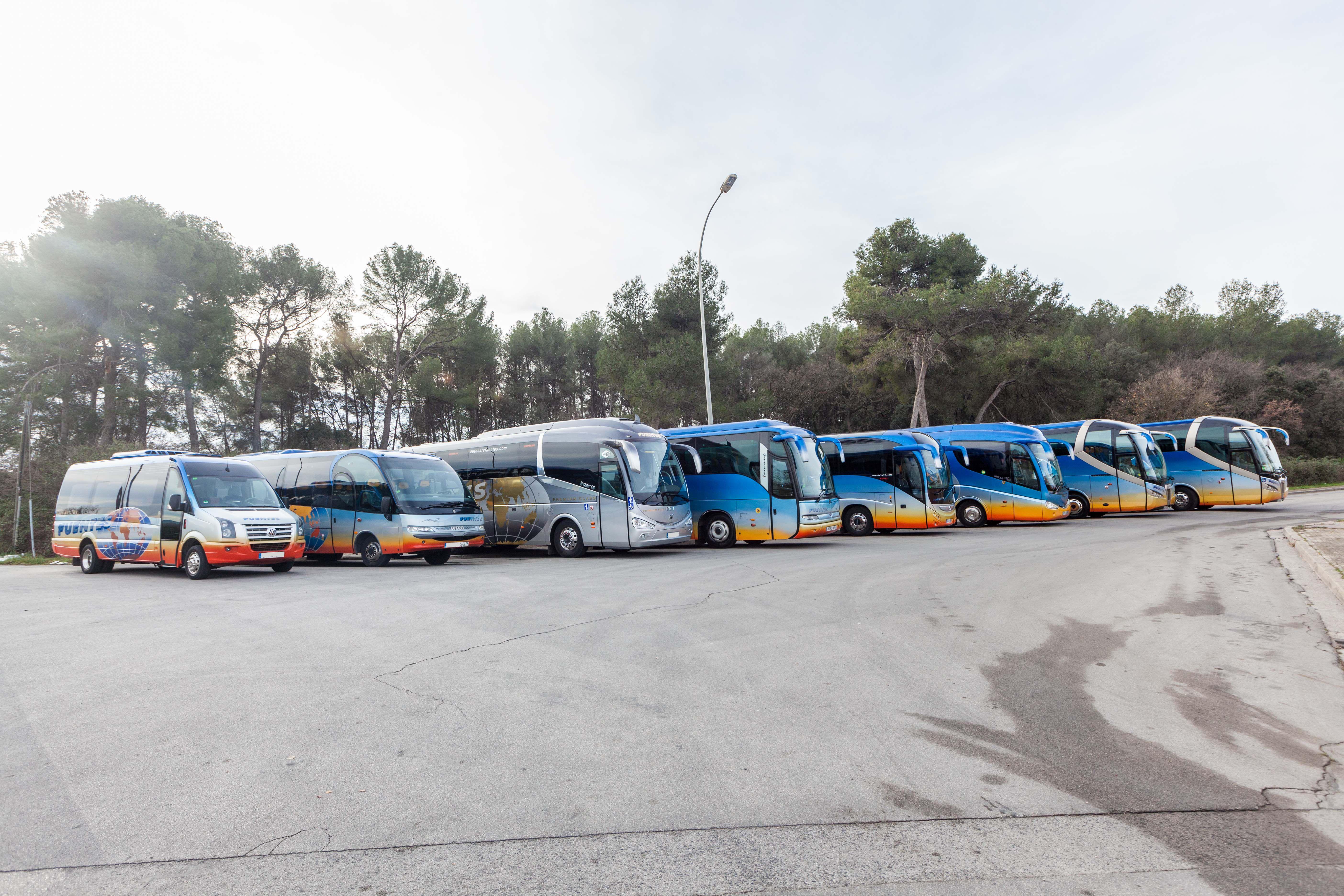 Servicios a empresas: Servicios de Autocars Fuentes