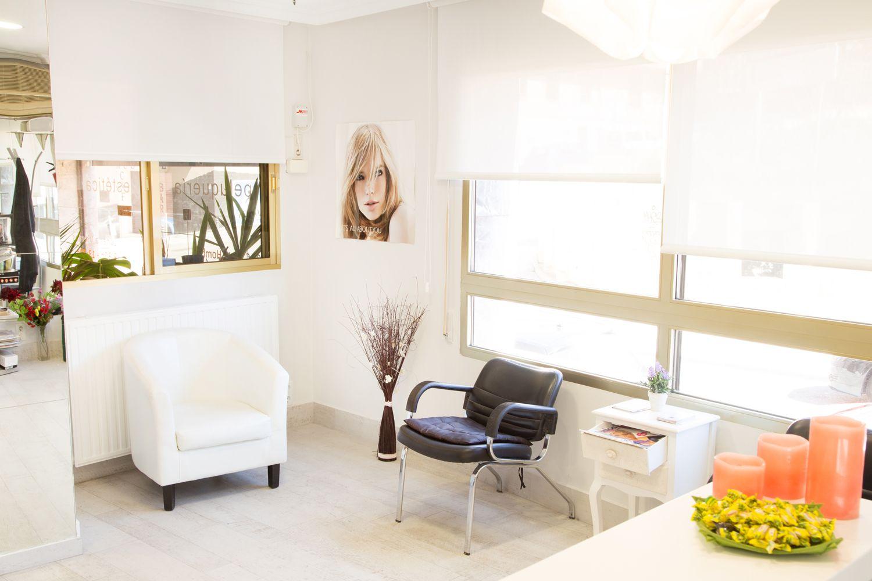 Sala de espera de nuestra peluquería en Cuenca