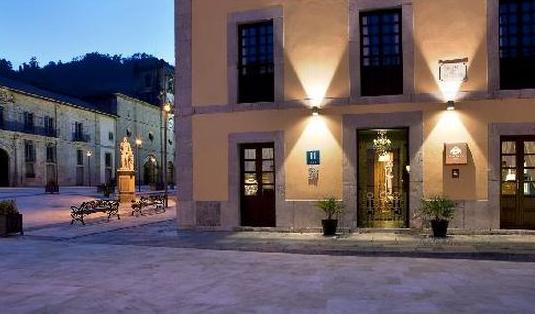 PROYECTO DE ILUMINACION HOTEL.