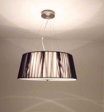 LAMPARA CON ILUMINACION LED.
