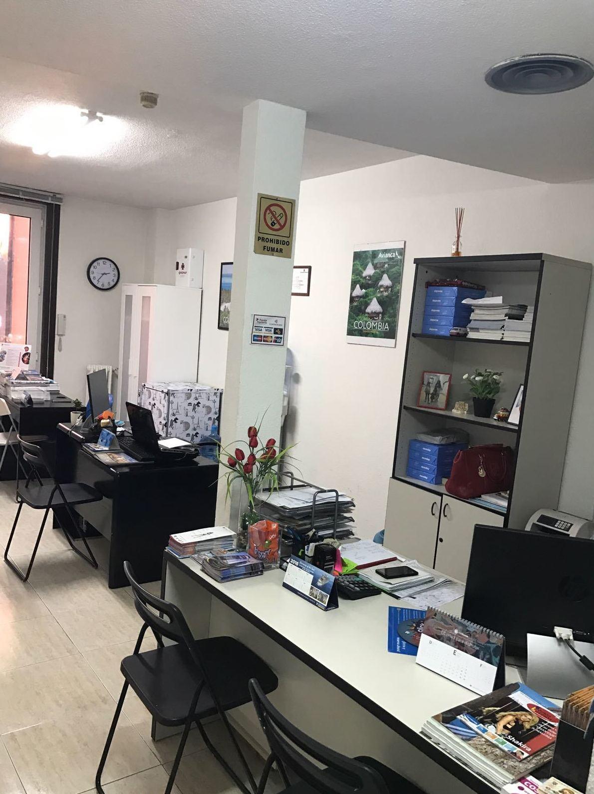 Oficina de agencia de viajes