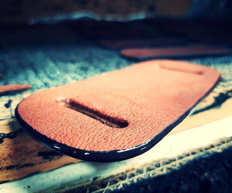 Diseño de bolsos de piel en Alicante