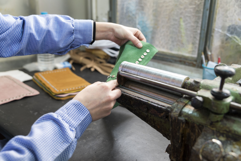 Fabricantes artesanales de bolsos de piel en Alicante