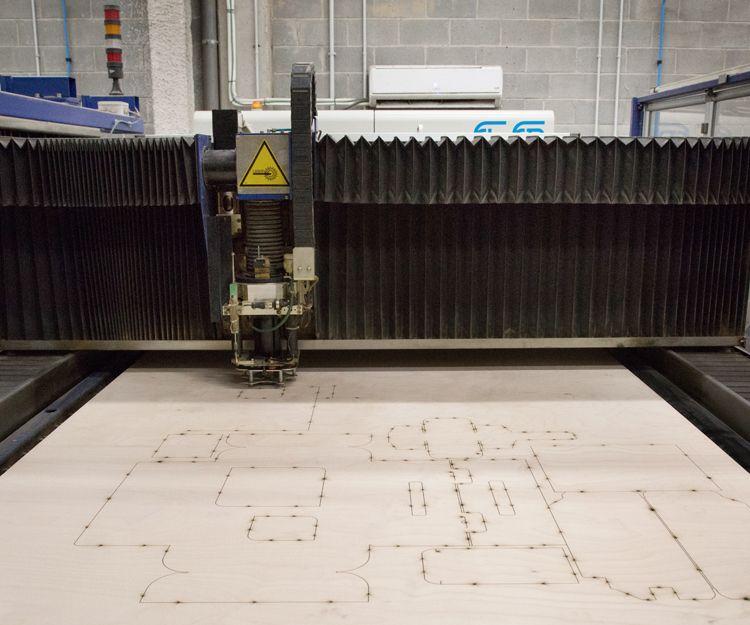 Máquina para sacar pruebas reales de troquel
