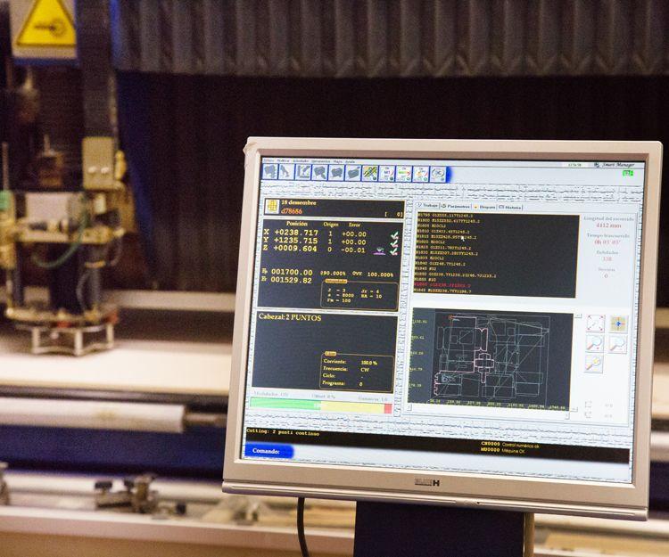 Máquinas automáticas de manipulación de fleje por ordenador