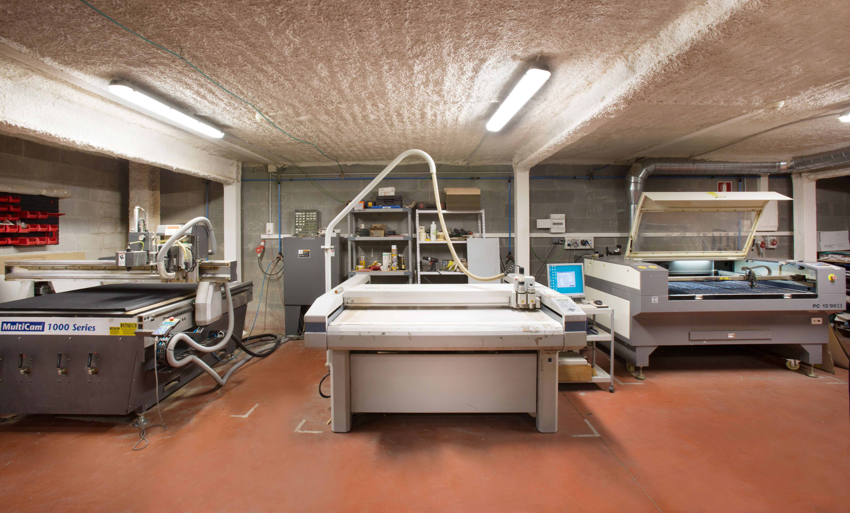 Instalaciones y maquinaria: Servicios y productos de Troquels Geser