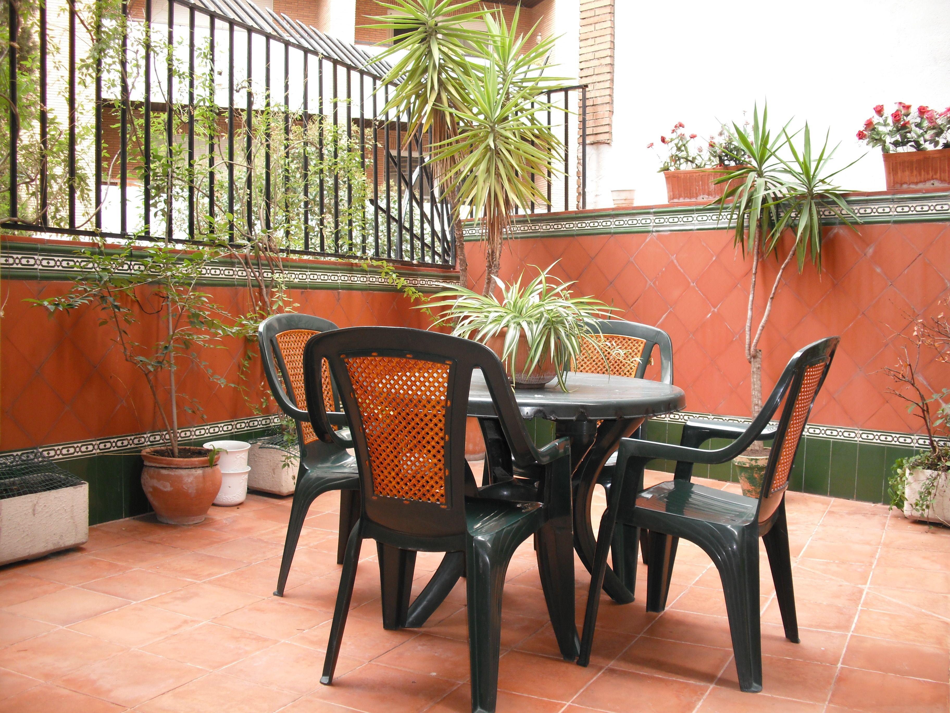Terraza en residencia universitaria en Granada