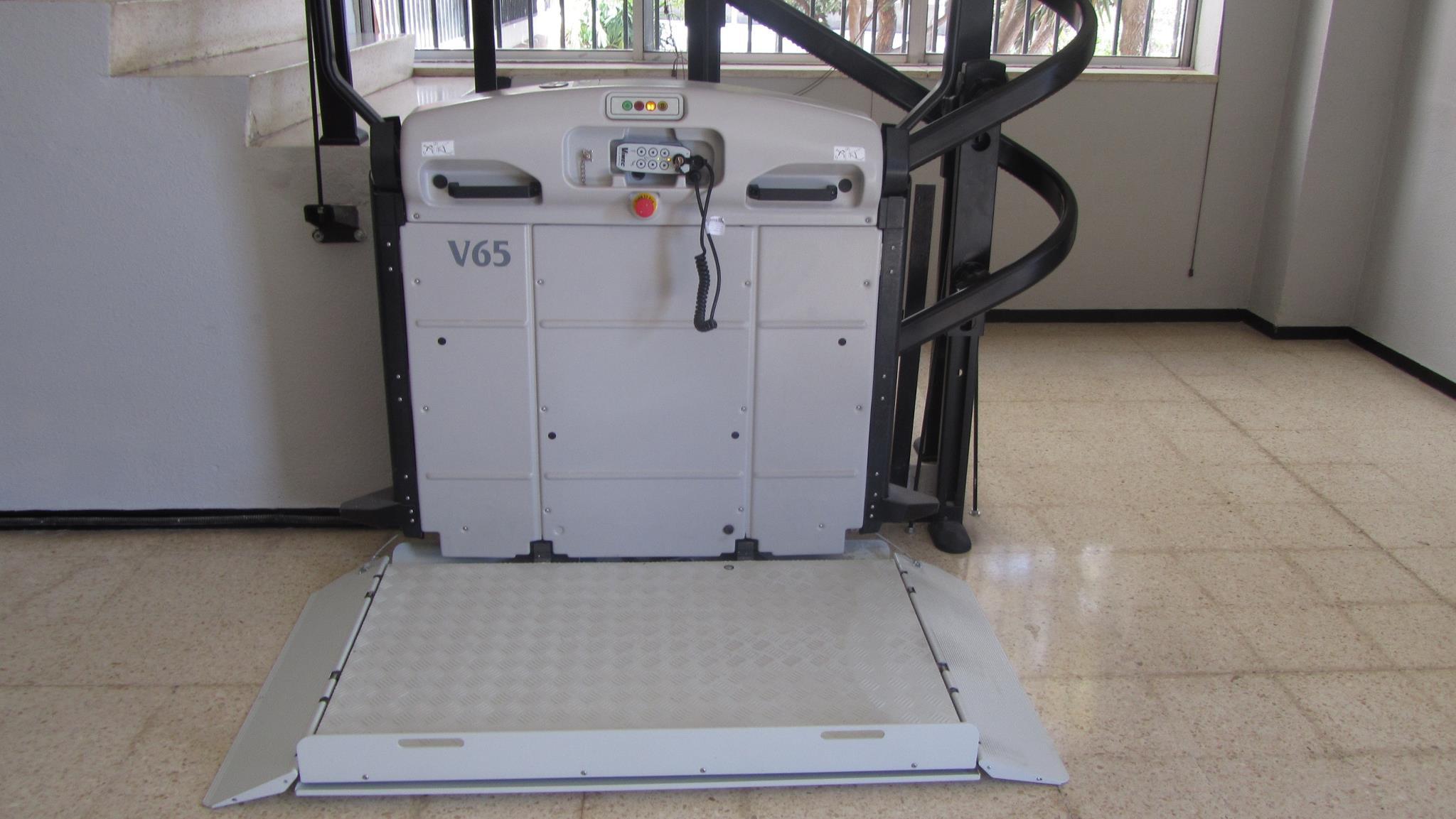 Foto 17 de Venta, instalación y reparaciones de aparatos elevadores en Tegueste | Mobiliteg Solutions