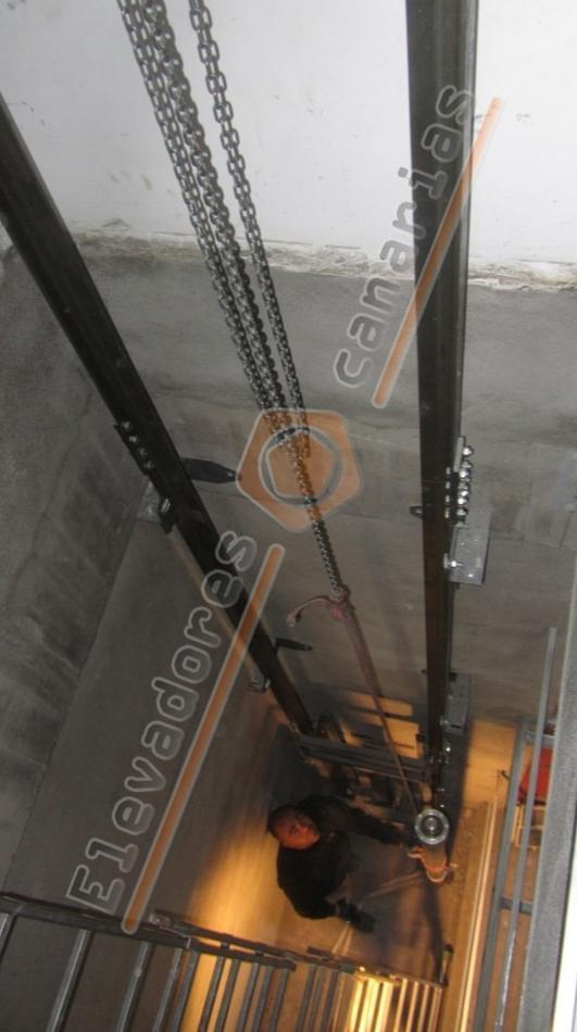 Foto 8 de Venta, instalación y reparaciones de aparatos elevadores en Tegueste | Elevadores Canarias
