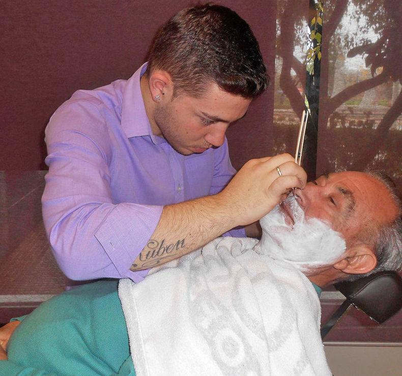 Peluquería para caballeros y servicio de barbería en Torrejón de Ardoz