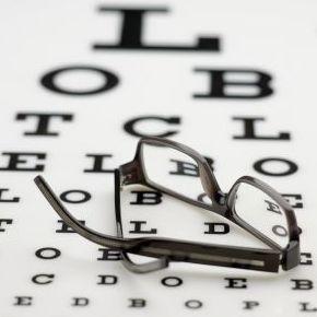 Foto 1 de Especialistas en oftalmología en Logroño | Enrique Rodríguez Rocandio