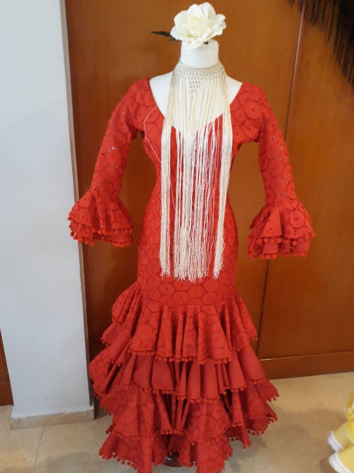 Maniquíes para exposición de trajes regionales