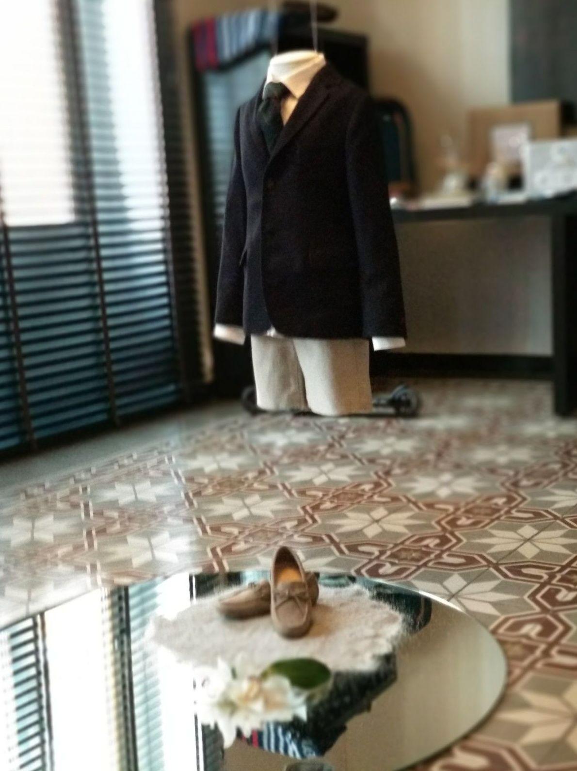 Alquiler de maniquies para exposición de trajes de comunión