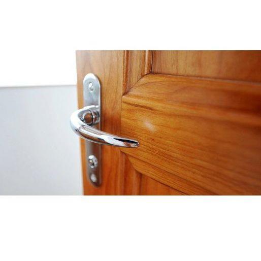 Puertas blindadas y de interior: Servicios de Fustería Milla