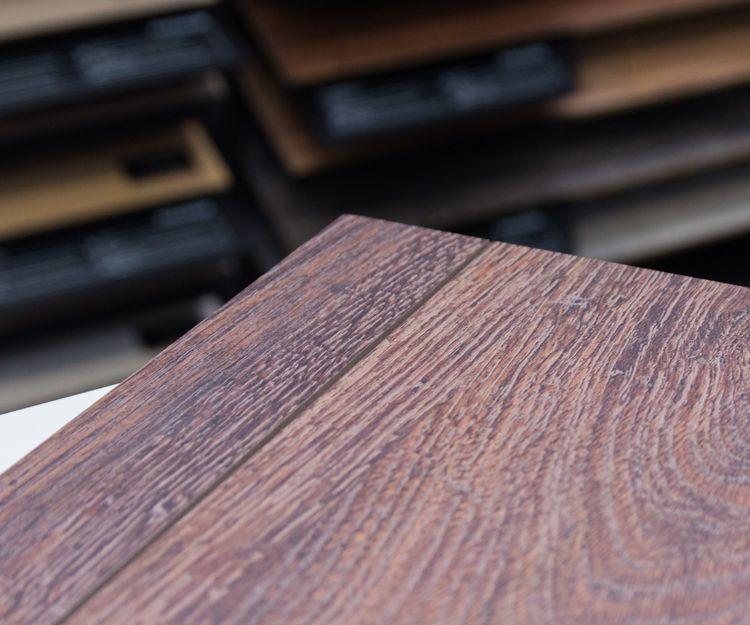 Tarimas de madera multicapa en Las Rozas