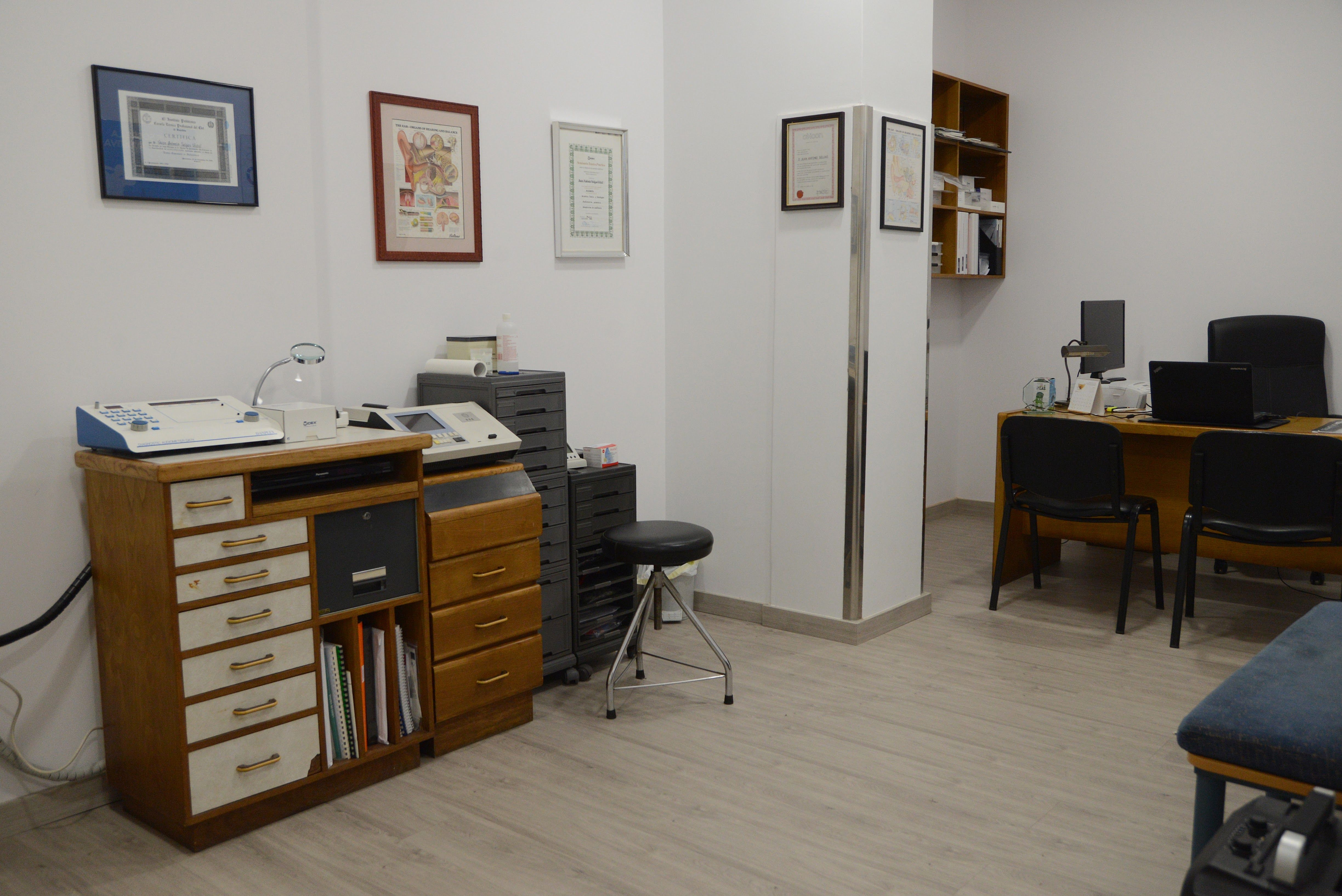 Foto 3 de Centro óptico con servicios de parafarmacia en Betanzos | Óptica Selgas