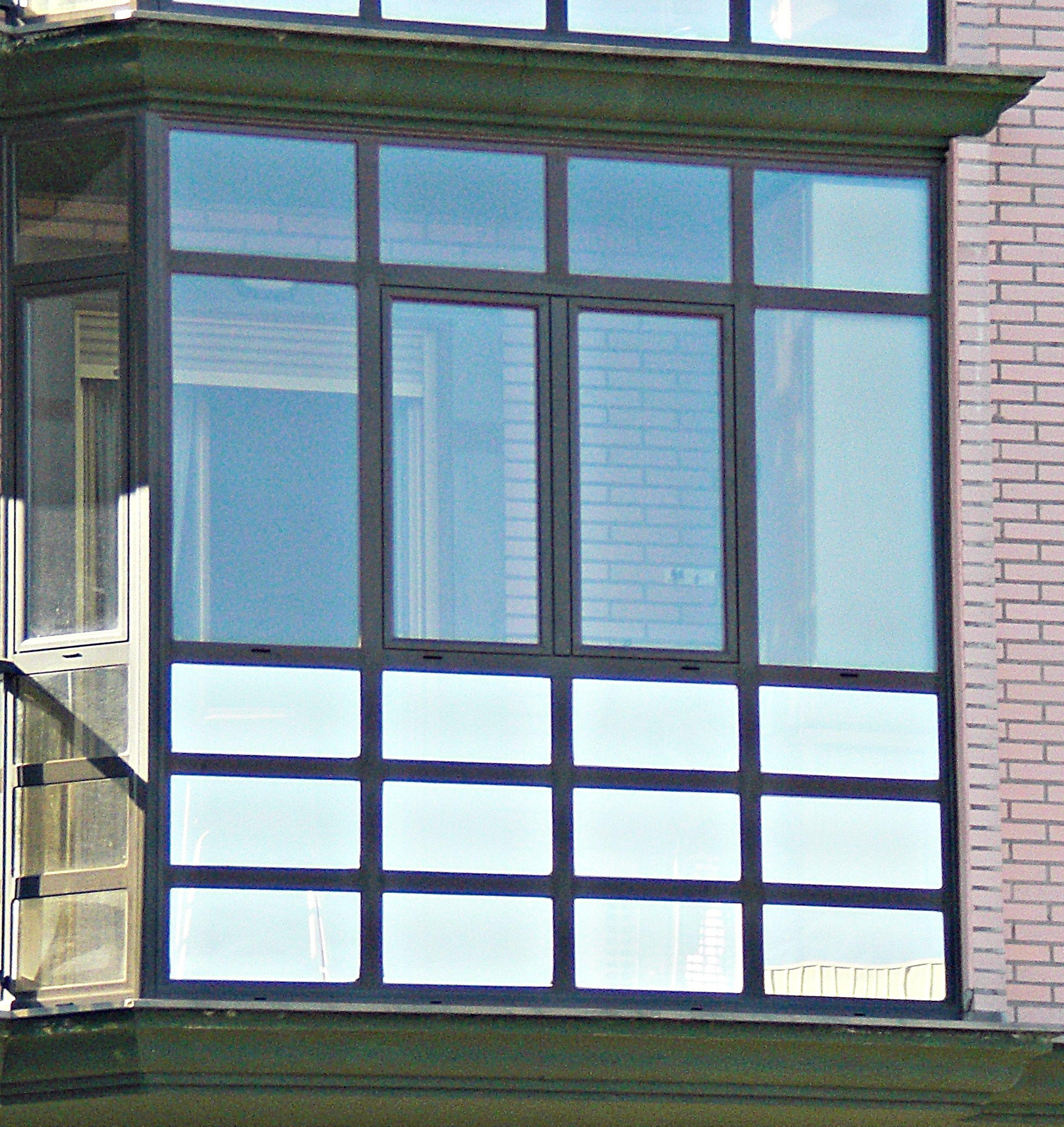 Cerramiento de terrazas en aluminio de varios colores