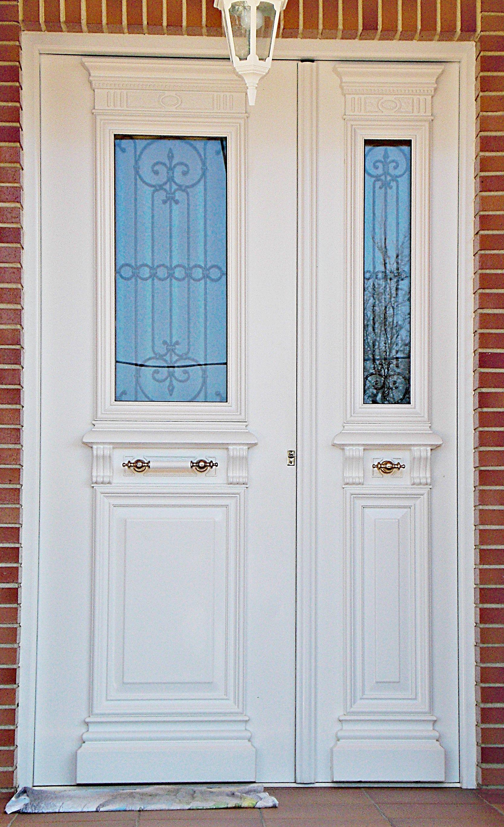 Puertas de exterior en aluminio, pvc..