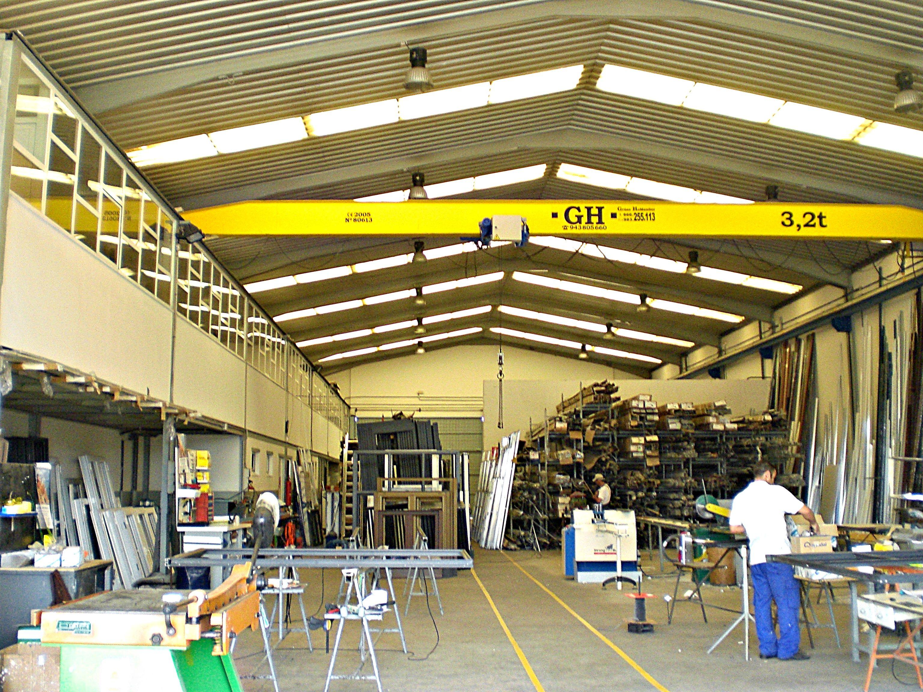 Empresa especialista en trabajos con aluminio en León