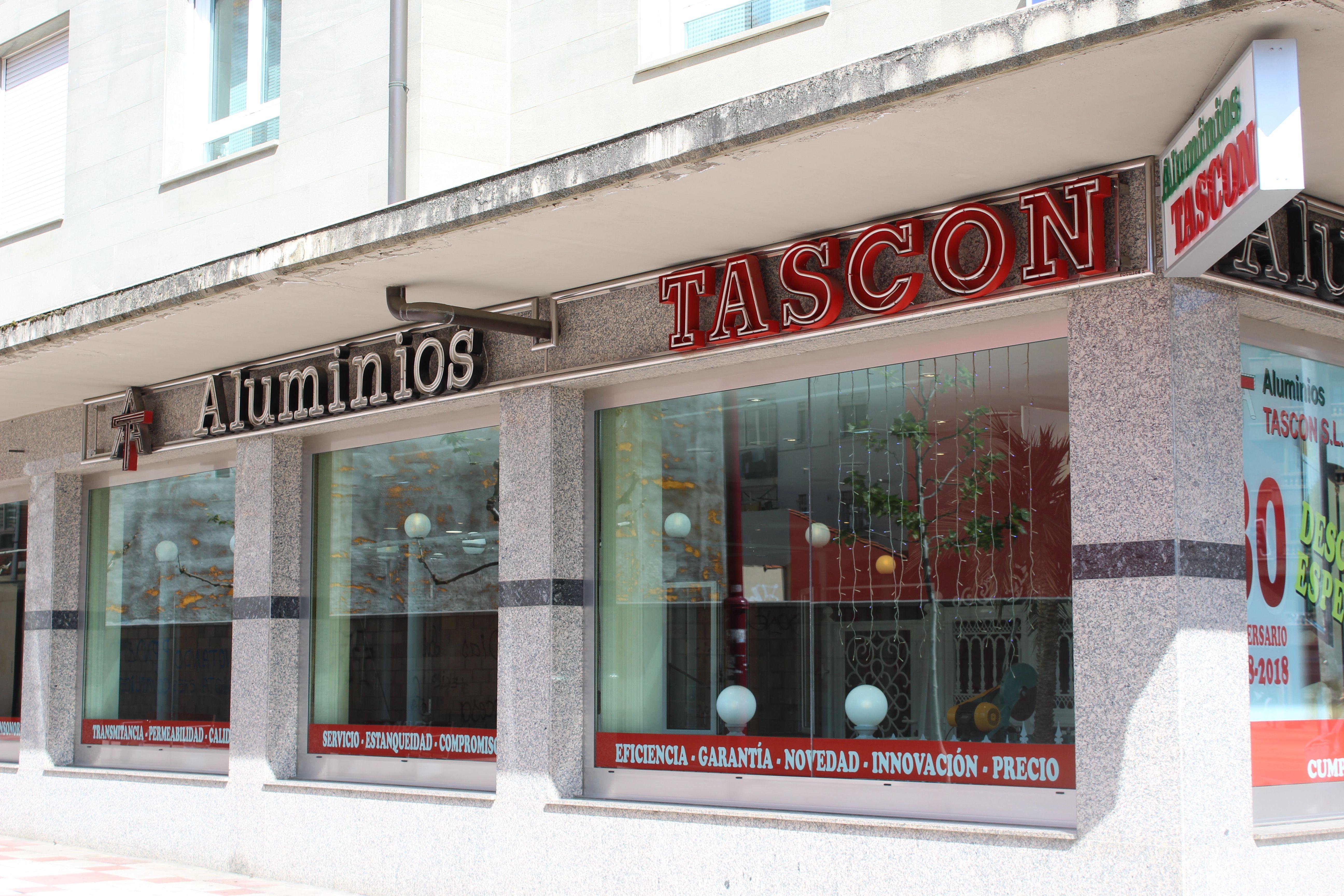 Carpintería metálica para locales comerciales en León