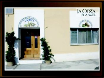 Foto 11 de Hoteles en Chiva   La Orza de Ángel - Hotel Restaurante