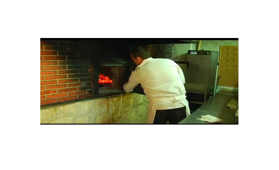 Horno de leña: Hotel - Restaurante de La Orza de Ángel - Hotel Restaurante