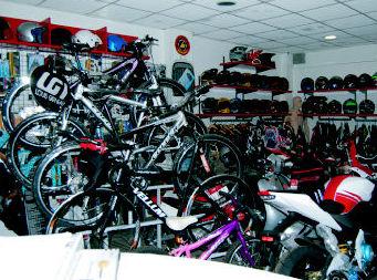 Tienda de bicis y motos