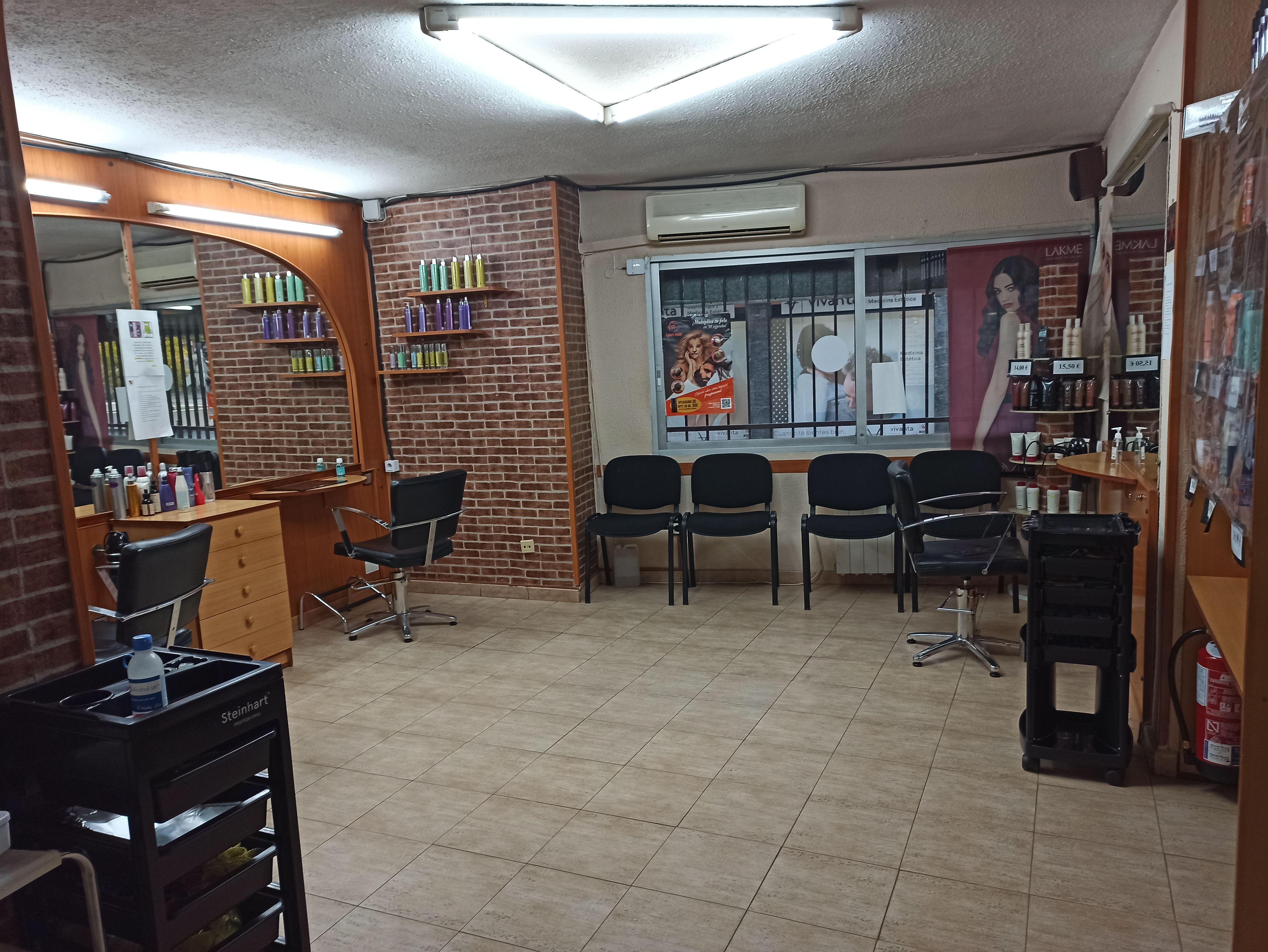 Foto 10 de Peluquería mujer-hombre en Majadahonda   AD Peluqueros