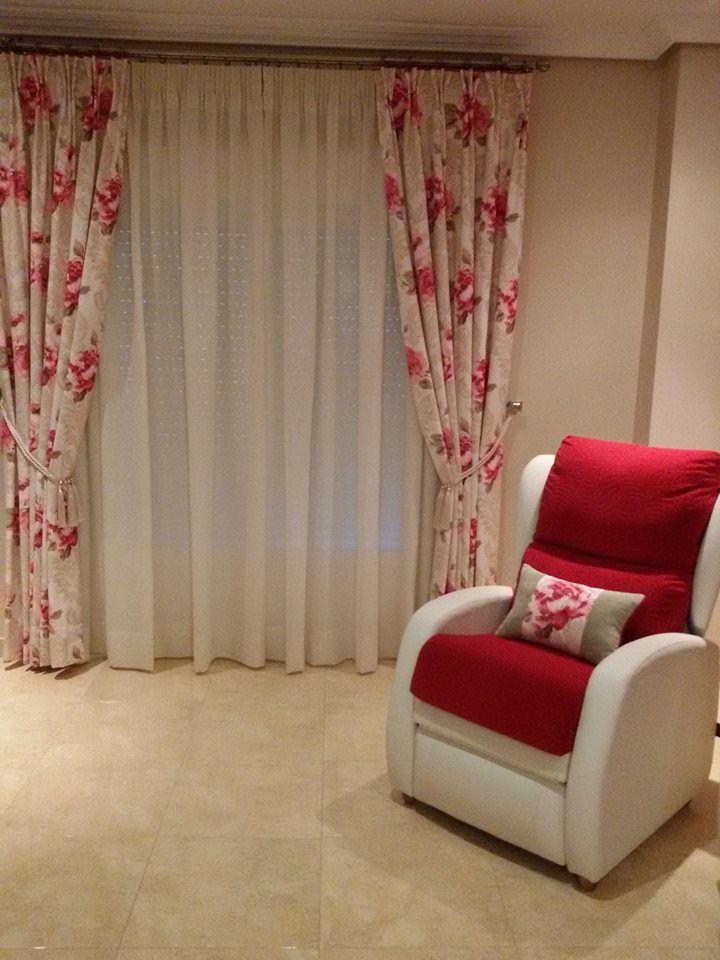 Tapizado de sillones: Textil hogar de Cortinas Bámbola