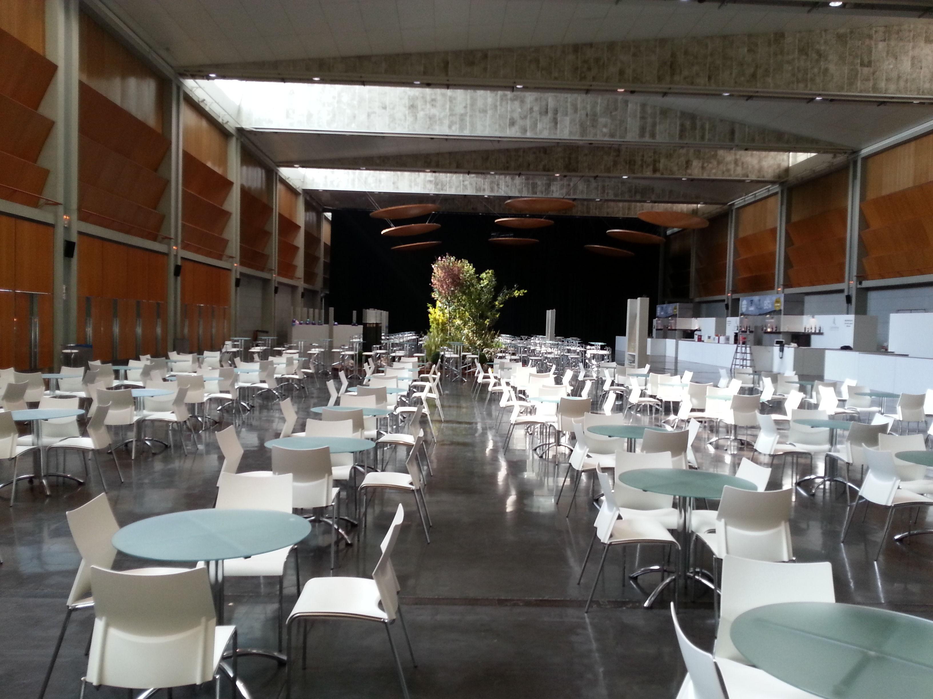 Foto 21 de Alquiler de sillas, mesas y menaje en Zaragoza | Stuhl Ibérica Alquiler de Mobiliario