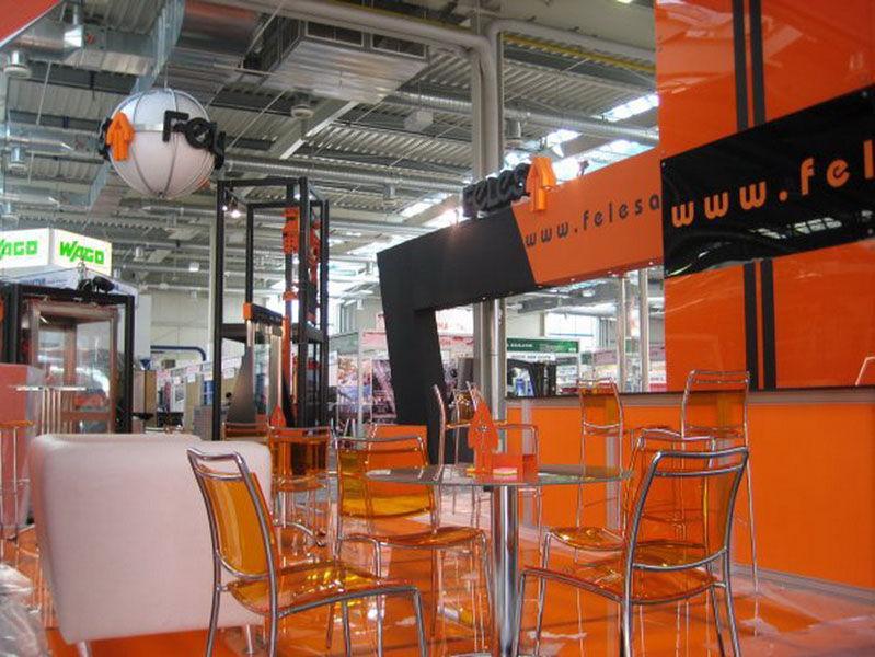 Foto 23 de Alquiler de sillas, mesas y menaje en Zaragoza | Stuhl Ibérica Alquiler de Mobiliario