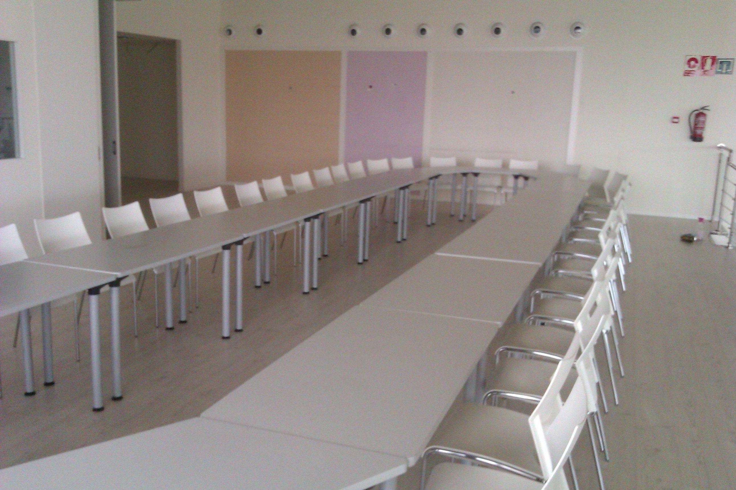 Foto 27 de Alquiler de sillas, mesas y menaje en Zaragoza | Stuhl Ibérica Alquiler de Mobiliario