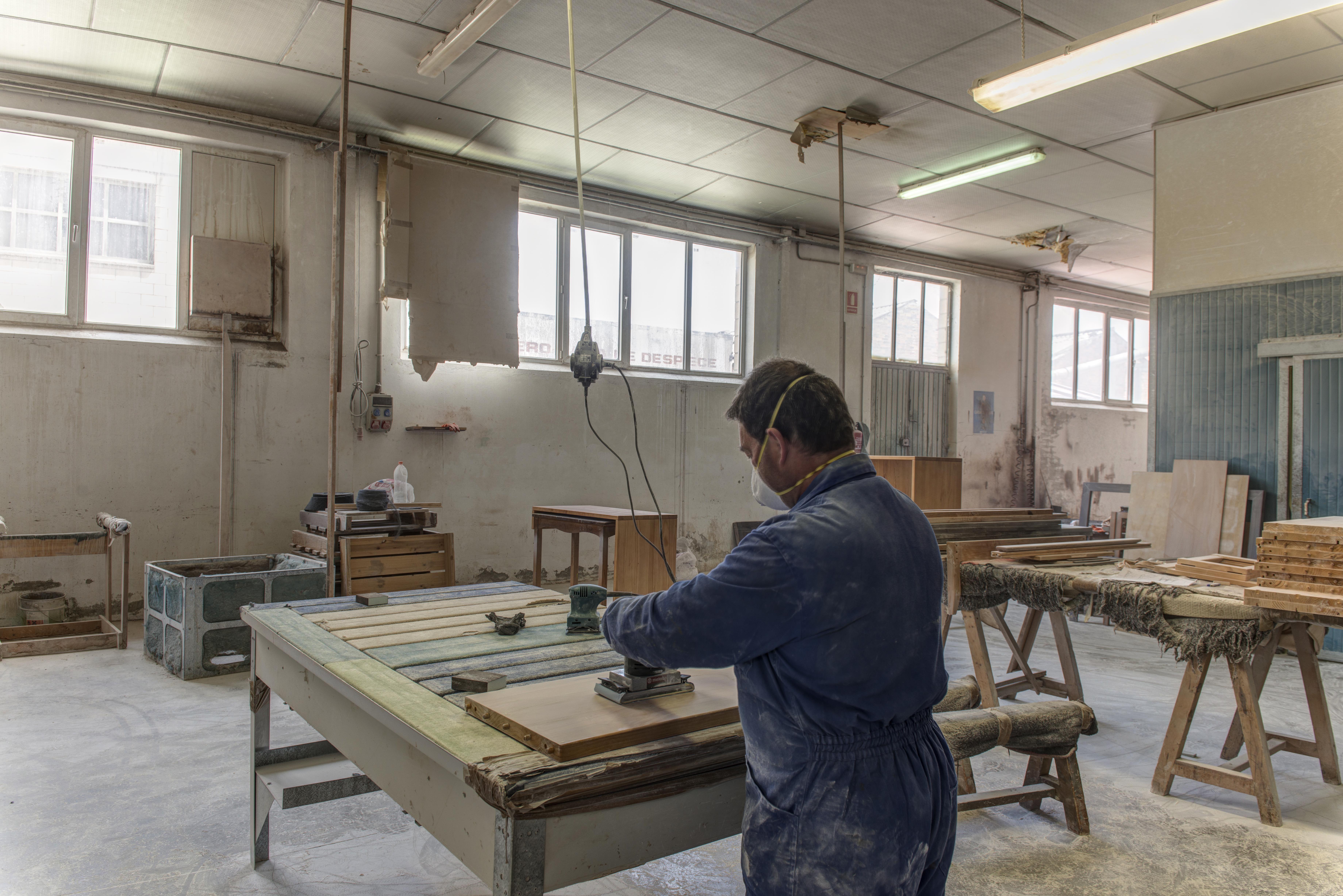 Diseño y fabricación de muebles a medida en Duruelo de la Sierra