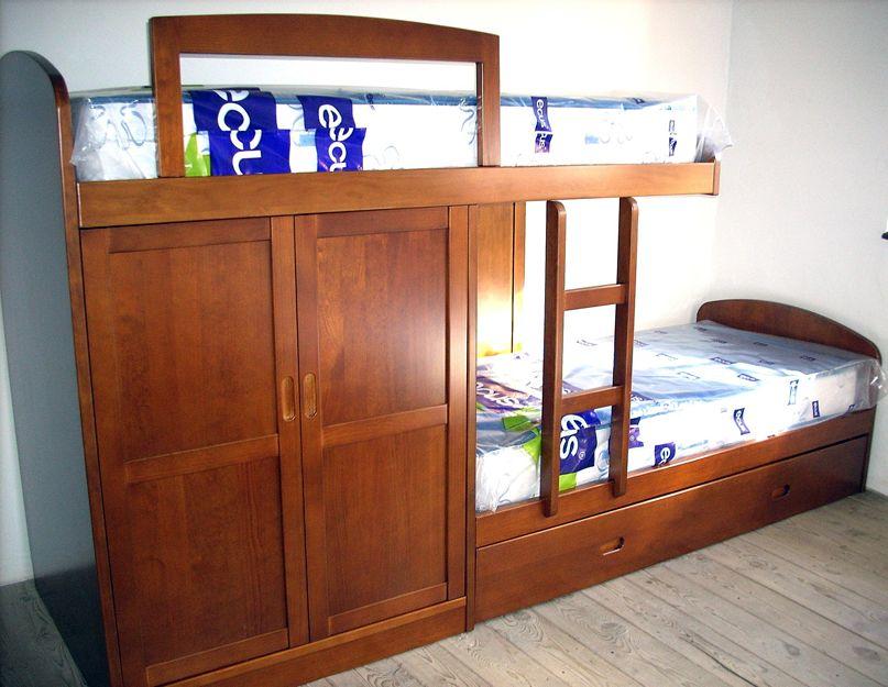 Muebles de madera artesanales en Soria