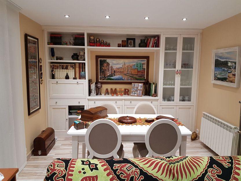 Muebles de sala y librerías de madera en Soria