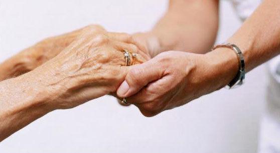 Cuidado y apoyo de personas mayores