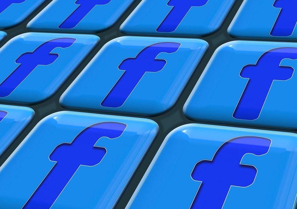 Síguenos en Facebook