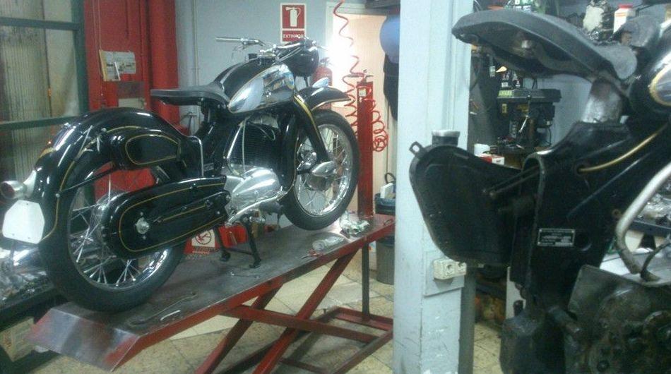 Foto 60 de Motos en Vilassar de Dalt | Fx Motos